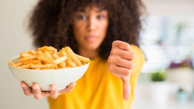Evite fritos e alimentos gordurosos