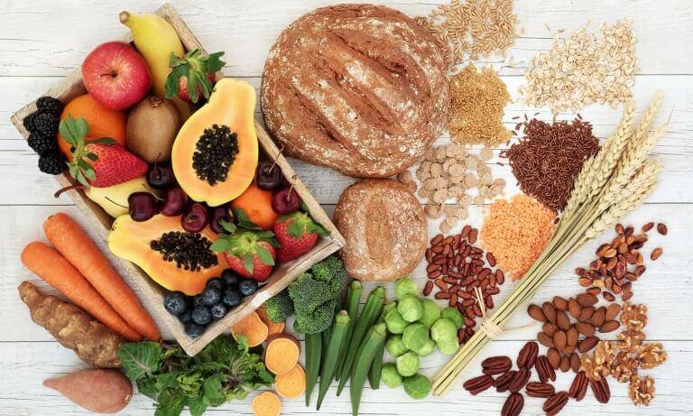 Coma fibras e proteinas para aumentar a saciedade